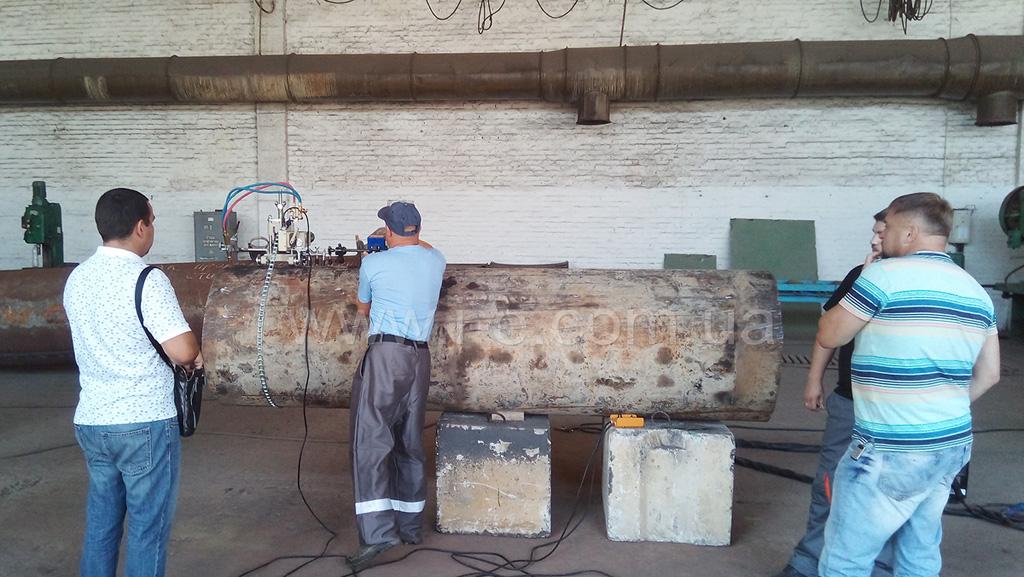 Процесс установки CG2-11D Huawei на рабочую поверхность